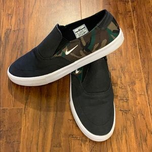 Men's Nike SB Portmore II Solarsoft Slip Canvas